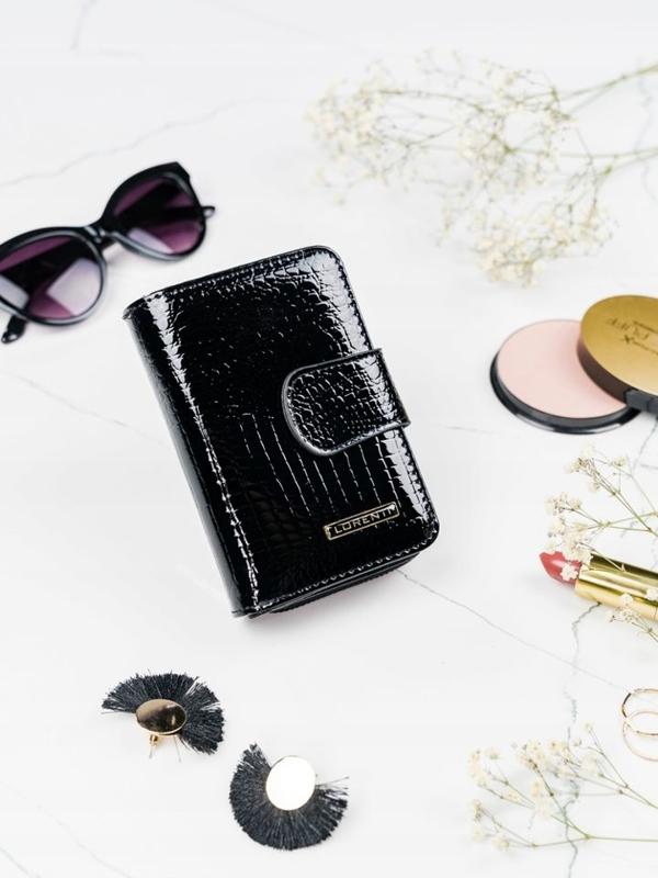 Čierna dámska kožená peňaženka 2088