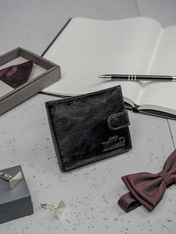 Čierna pánska kožená peňaženka 3188