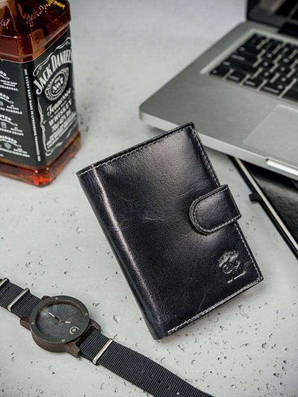Čierna pánska kožená peňaženka  3208