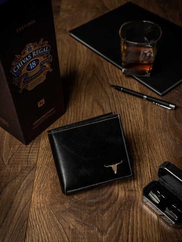 Čierna pánska kožená peňaženka 462