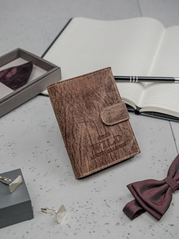 Hnedá pánska kožená peňaženka 3196